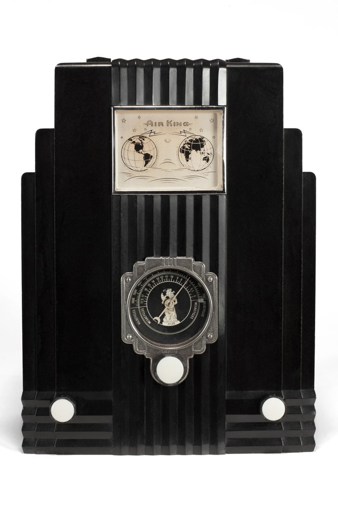 Air King 'Skyscraper' Radio Model 66 in Black - Harold Van Doren