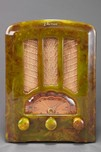 Catalin AU-190 Emerson Radio in Marbleized Green - Stunning Tombstone