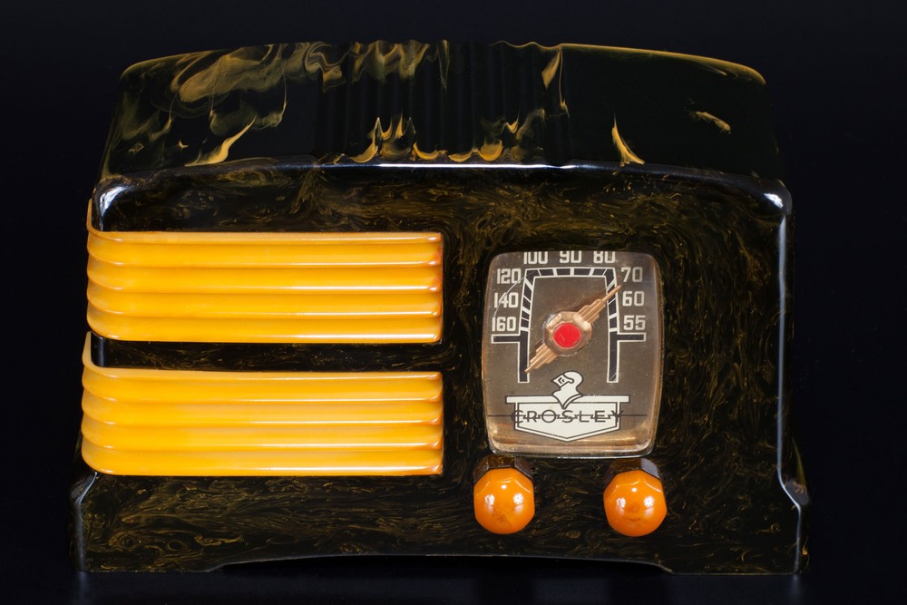 Crosley G1465 'Split-Grille' Catalin Radio - Black + Butterscotch