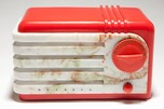 "Detrola 219 ""Super Pee-Wee"" Red Plaskon + Beetle Bakelite Art Deco Radio"