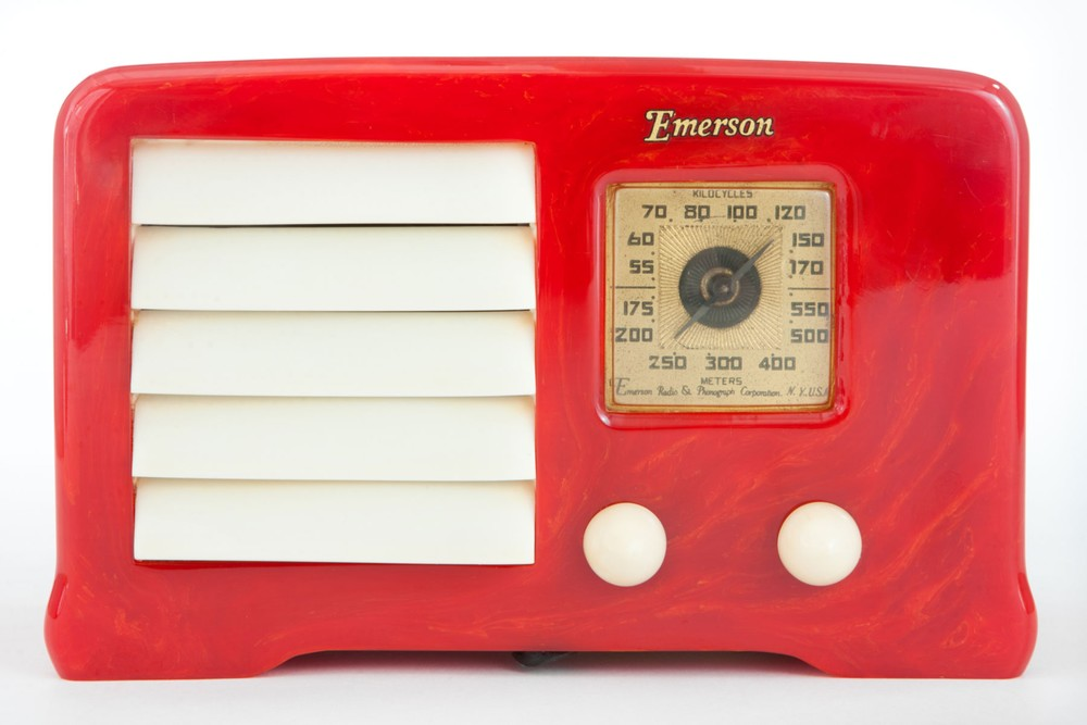 "Red Catalin Emerson AX-235 Radio ""Little-Miracle"" - Mint Example"