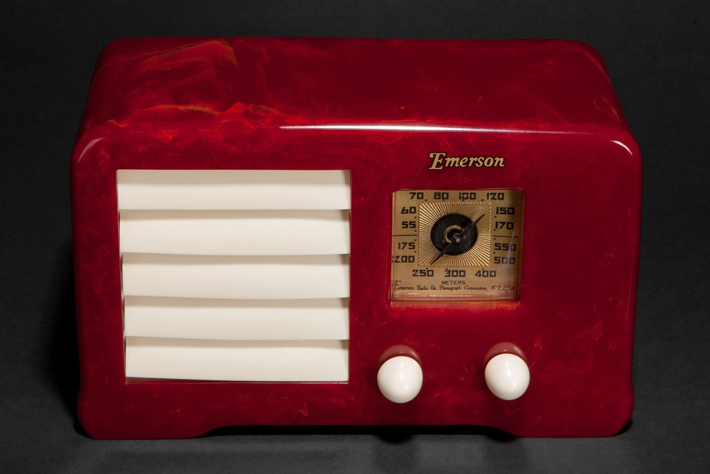 Emerson AX-235 Catalin 'Little Miracle' 1938 Art Deco Radio in Oxblood Red