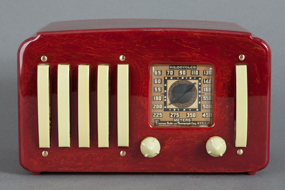 "Emerson EP-375 Catalin Radio - Great Oxblood ""5+1"""