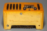 Emerson EP-375  '5+1' Catalin Radio - Great Butterscotch w/ Brown