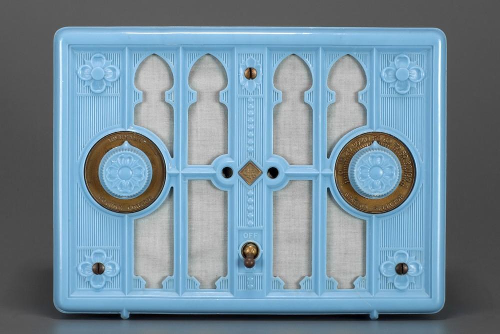 Kadette H Radio Blue Plaskon 'Gothic' Model - Rare