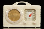 Motorola Radio 50XC Catalin 'Circle Grille' in Oatmeal - Beautiful