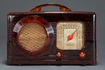"Motorola Catalin 50XC ""Circle-Grille"" Radio in Marbled Tortoise"