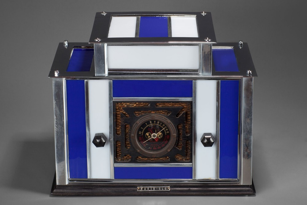 Radio-Glo Stained Glass + Chrome Radio in Blue with White - Exceptional