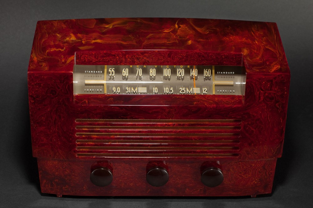 Oxblood Red RCA 66x8 Series Catalin Radio