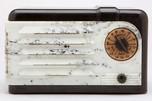 "RCA 9-SX ""Nipper"" Radio Black Plaskon + Beetle Plastic American Art Deco"