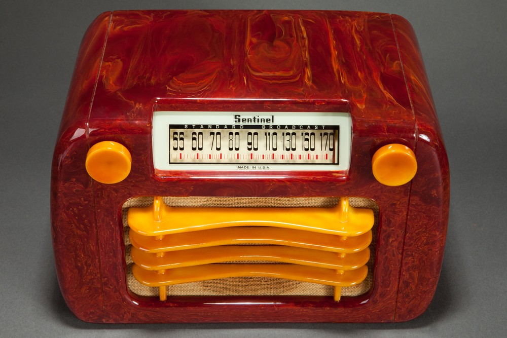 "Sentinel 284 ""Wavy Grill"" Catalin Radio in Oxblood Red and Butterscotch"